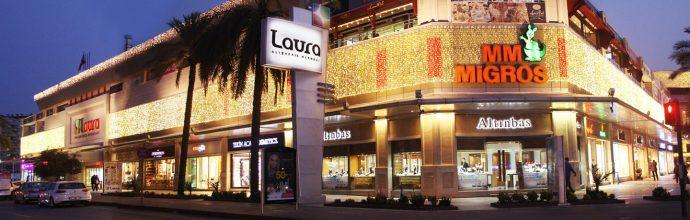 Laura Mall